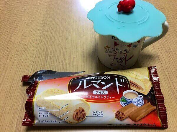 ルマンドアイスミルクティー味と紅茶