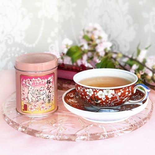 華やかな気持ちになれる桜るん紅茶